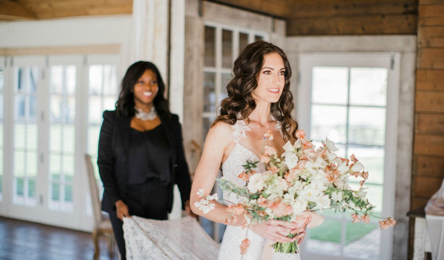 5 BENEFITS OF HIRING A BRIDAL STYLIST